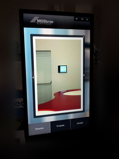 spicone-mostron-interface-digital-signage-app-example-portrait